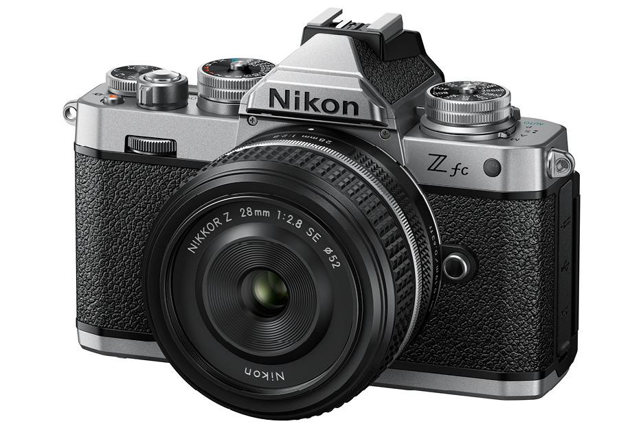 レトロスタイルで可愛いカメラ「Nikon Z fc」